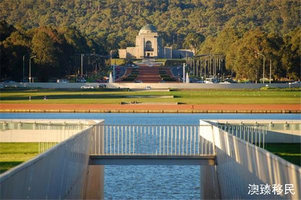 澳大利亚建筑师工资图片