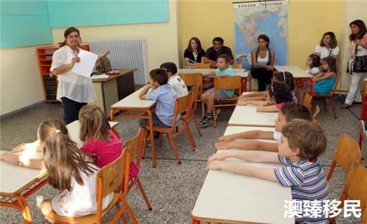 为了子女的教育选择移民希腊靠谱吗?