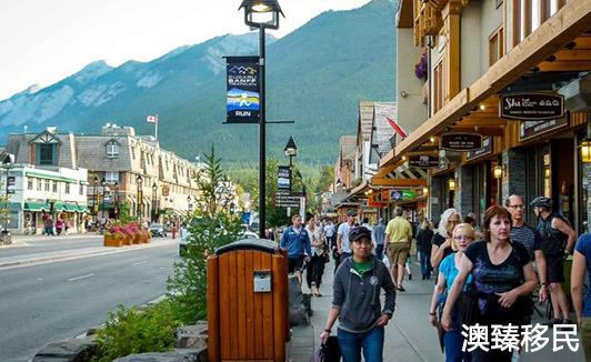 华人在加拿大真实生活1.jpg