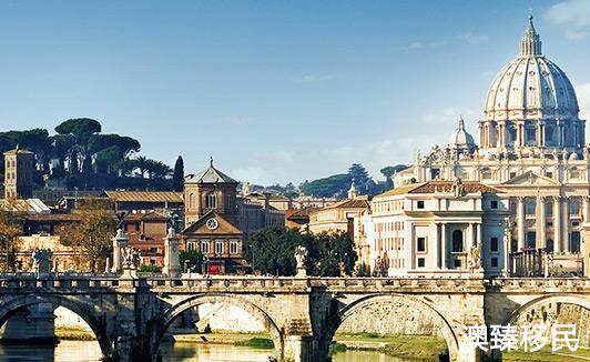 盘点意大利知名的大学,去这些学校读书费用贵吗?