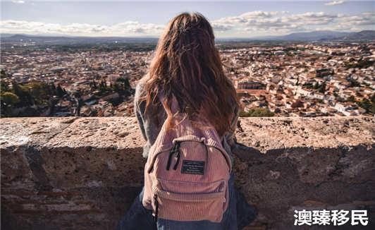 去西班牙黑三年拿身份怎么样.jpg