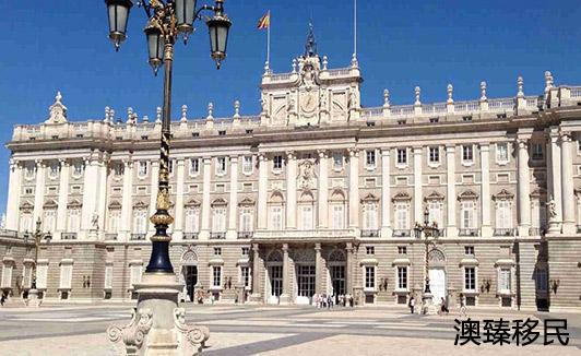 详解西班牙留学的优势和劣势,告诉你过去留学到底好不好2.jpg