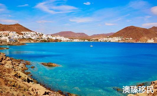 西班牙不只瓦伦西亚有绝佳的阳光,移民有很多地方可选择2.jpg