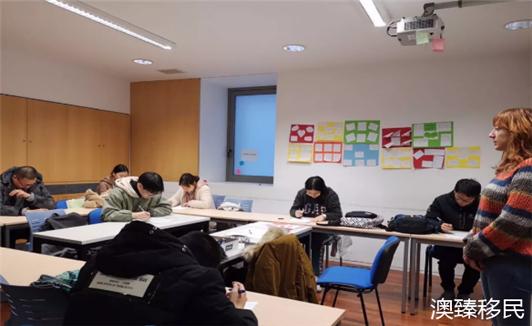 西班牙留学是个坑?华人留学生用亲身经历辟谣.png