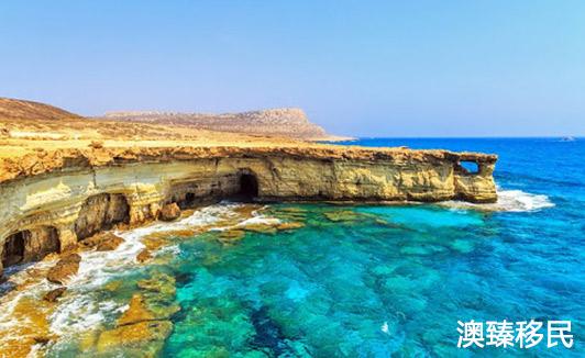 塞浦路斯移民监要求是什么,需要一直住在当地吗.jpg